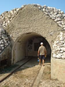 Militaer tunneler